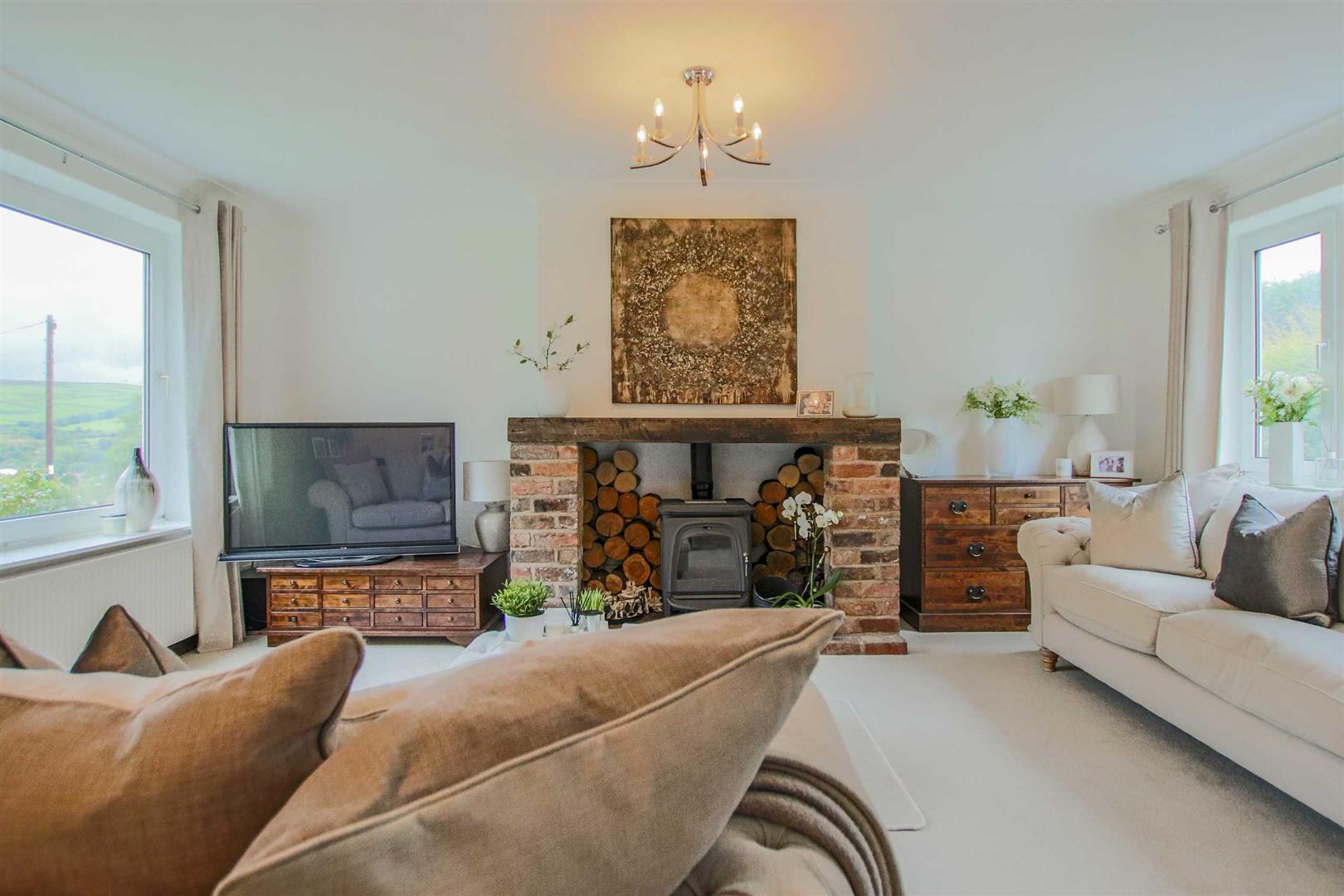 4 Bedroom Semi Detached Cottage For Sale - Image 32
